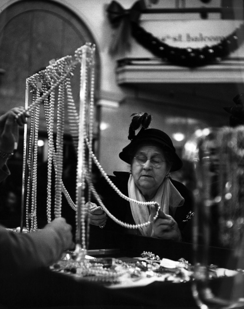 jewellery shopping at macy's in 1948