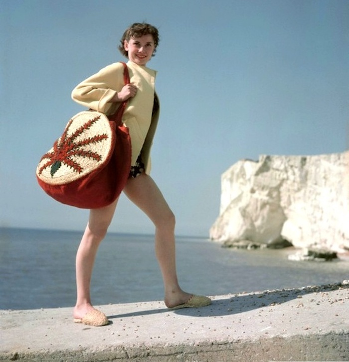 audrey hepburn fashion beach england