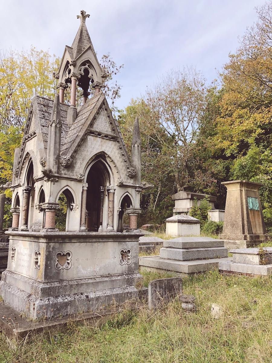 tomb rail brighton woodvale